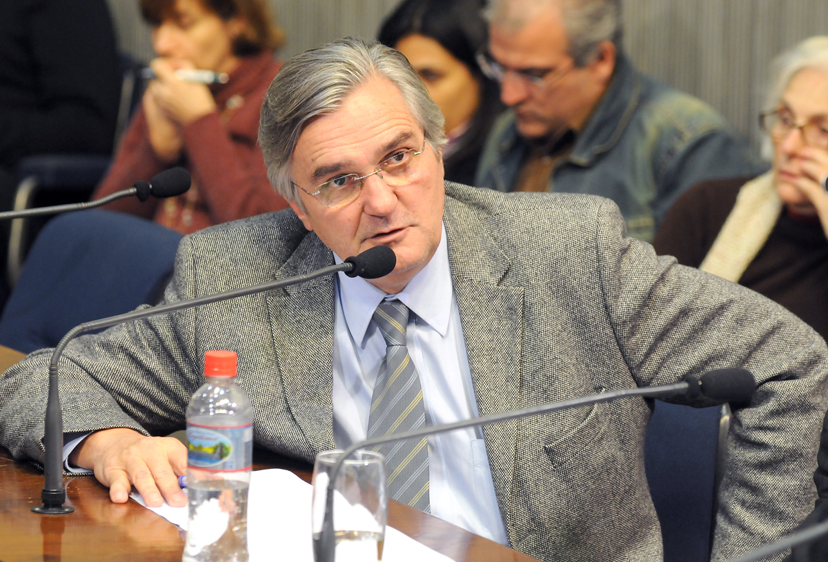 Antonio Mentor<a style='float:right' href='https://www3.al.sp.gov.br/repositorio/noticia/06-2010/BANCOOPMentor1ROB.jpg' target=_blank><img src='/_img/material-file-download-white.png' width='14px' alt='Clique para baixar a imagem'></a>