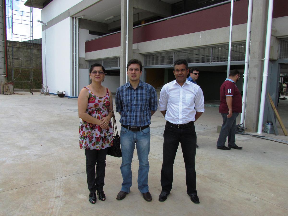 Visita a obra de escola na zona norte de Marília
