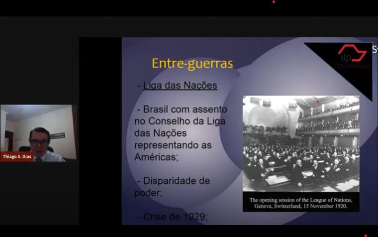 Apresentação do Prof. Thiago<a style='float:right' href='https://www3.al.sp.gov.br/repositorio/noticia/L-03-2021/fg263781.png' target=_blank><img src='/_img/material-file-download-white.png' width='14px' alt='Clique para baixar a imagem'></a>