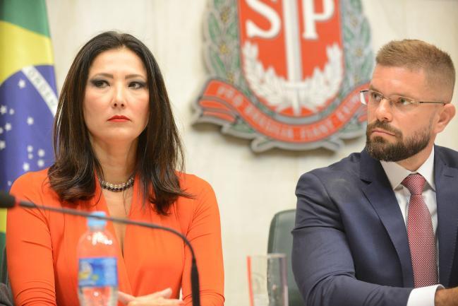 Raquel Gallinati e Gustavo Mesquita Galvão Bueno
