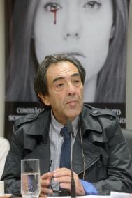 Deputado Adriano Diogo preside os trabalhos da CPI