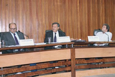 Elogio ao trabalho de deputados na CPI da Fosfo