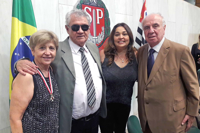 Maria Clara Machado da Silva, Rafael Silva ,  Raquel Silva e Vitor Sapienza<a style='float:right' href='https://www3.al.sp.gov.br/repositorio/noticia/N-02-2019/fg230125.jpg' target=_blank><img src='/_img/material-file-download-white.png' width='14px' alt='Clique para baixar a imagem'></a>