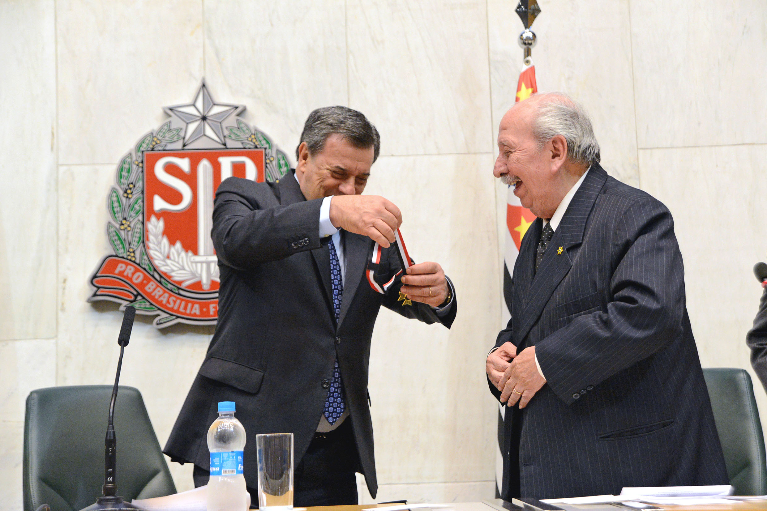 Roberto Massafera e Almino Affonso<a style='float:right' href='https://www3.al.sp.gov.br/repositorio/noticia/N-02-2019/fg230341.jpg' target=_blank><img src='/_img/material-file-download-white.png' width='14px' alt='Clique para baixar a imagem'></a>