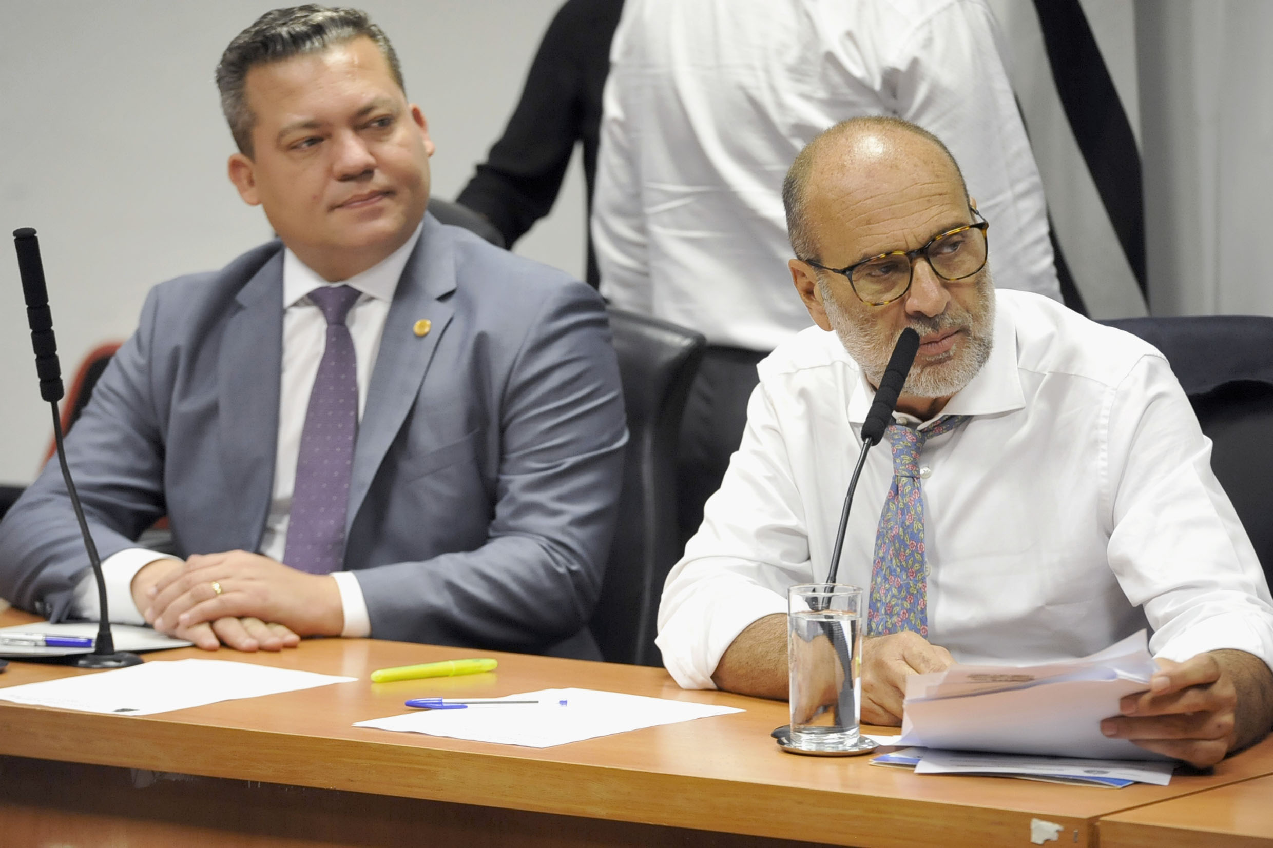 Paulo Correa Jr e Roberto Tripoli<a style='float:right' href='https://www3.al.sp.gov.br/repositorio/noticia/N-02-2019/fg230585.jpg' target=_blank><img src='/_img/material-file-download-white.png' width='14px' alt='Clique para baixar a imagem'></a>