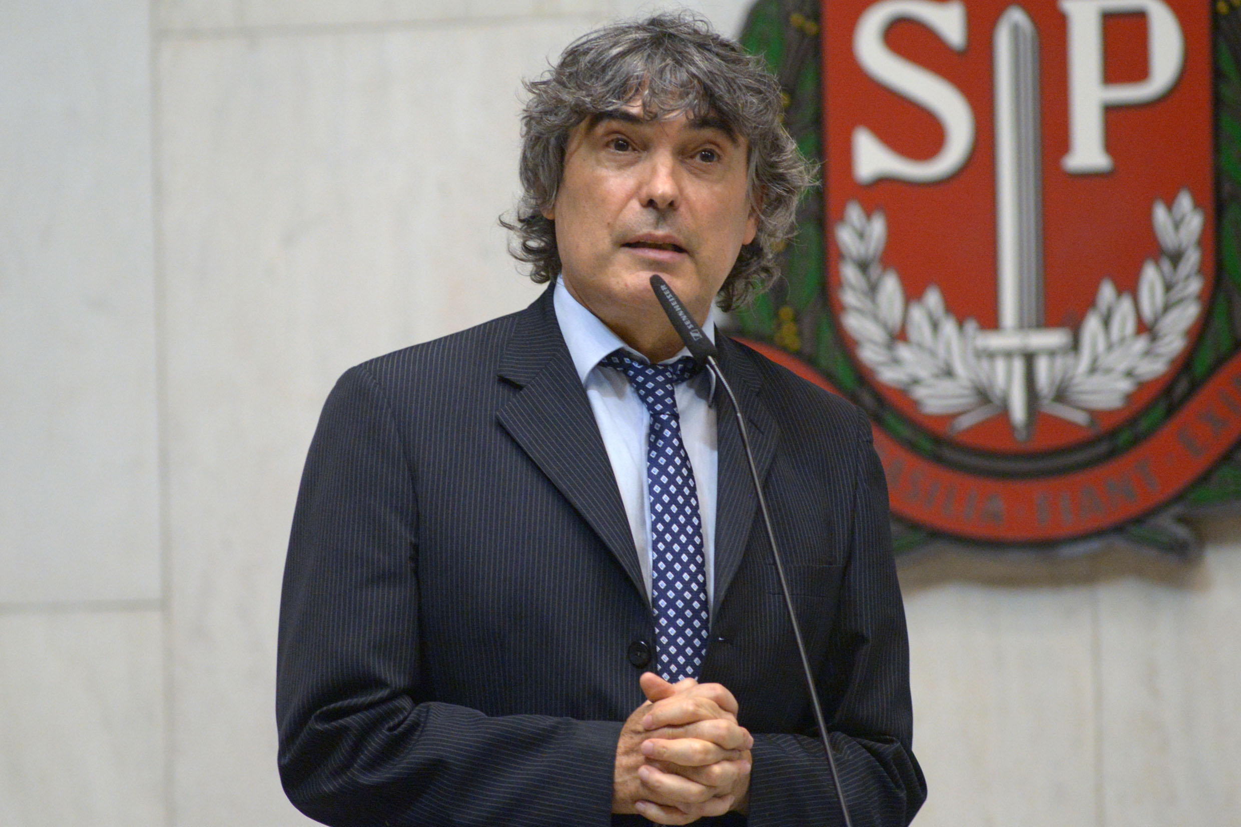 Carlos Giannazi<a style='float:right' href='https://www3.al.sp.gov.br/repositorio/noticia/N-02-2020/fg246949.jpg' target=_blank><img src='/_img/material-file-download-white.png' width='14px' alt='Clique para baixar a imagem'></a>