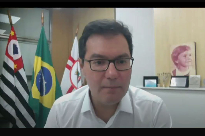 Alex de Madureira<a style='float:right' href='https://www3.al.sp.gov.br/repositorio/noticia/N-02-2021/fg260845.jpg' target=_blank><img src='/_img/material-file-download-white.png' width='14px' alt='Clique para baixar a imagem'></a>