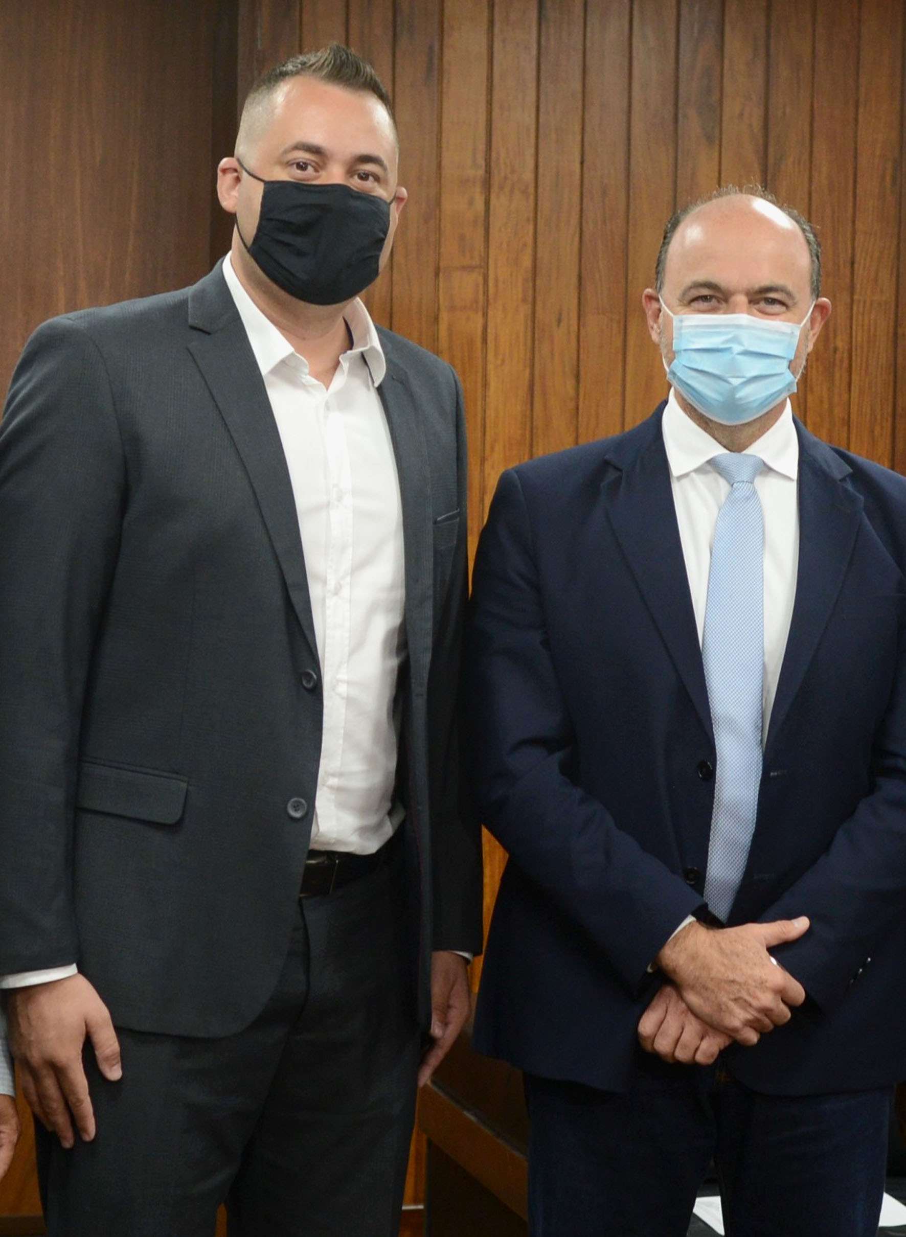 Luciano Peres e Ricardo Madalena<a style='float:right' href='https://www3.al.sp.gov.br/repositorio/noticia/N-02-2021/fg261543.jpg' target=_blank><img src='/_img/material-file-download-white.png' width='14px' alt='Clique para baixar a imagem'></a>