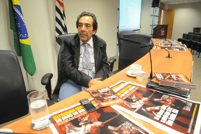 Deputado Adriano Diogo na presidência da Comissão estadual da Verdade Rubens Paiva<a style='float:right' href='https://www3.al.sp.gov.br/repositorio/noticia/N-03-2014/fg159796.jpg' target=_blank><img src='/_img/material-file-download-white.png' width='14px' alt='Clique para baixar a imagem'></a>