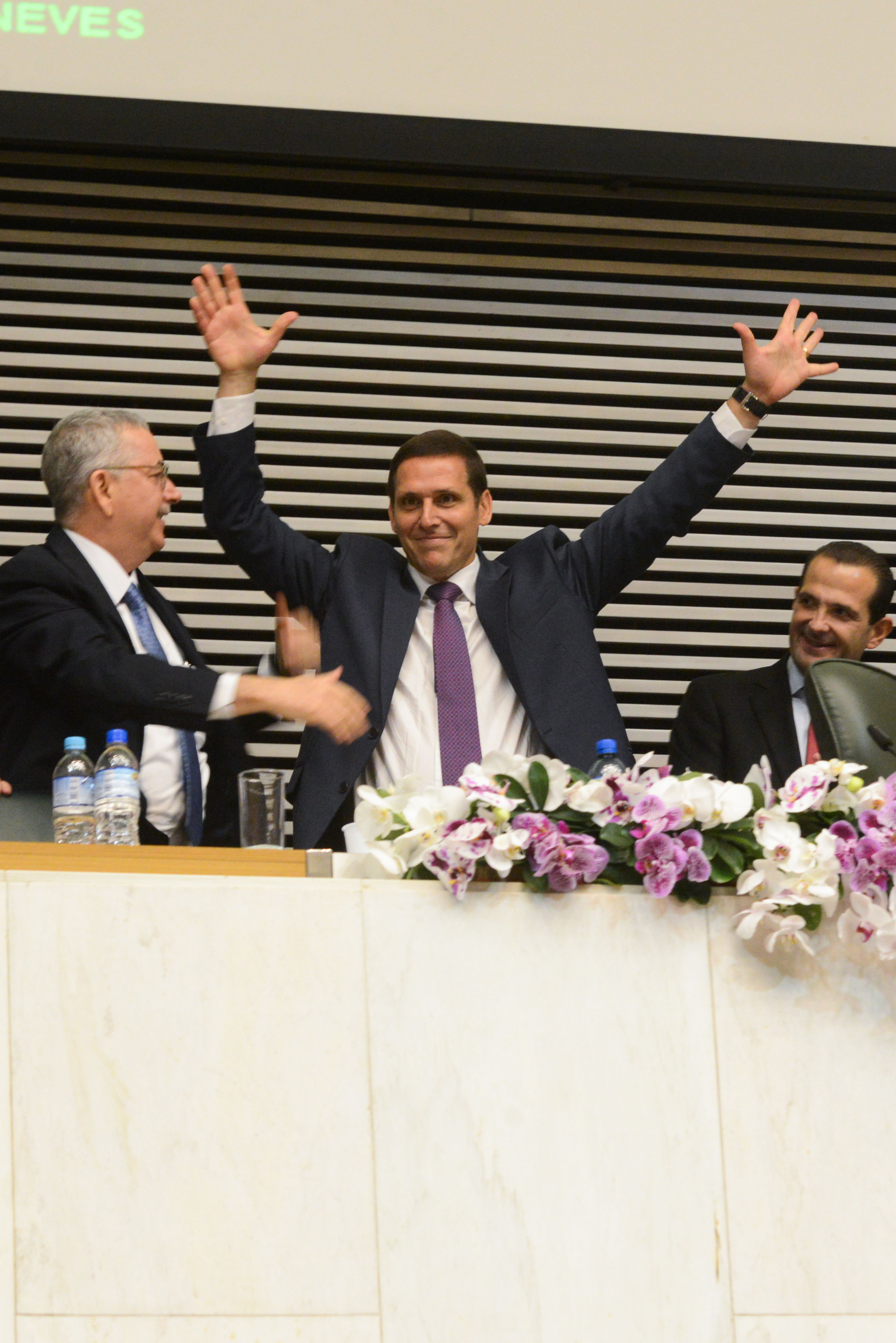 Chico Sardelli, Fernando Capez e Edmir Chedid <a style='float:right' href='https://www3.al.sp.gov.br/repositorio/noticia/N-03-2015/fg168405.jpg' target=_blank><img src='/_img/material-file-download-white.png' width='14px' alt='Clique para baixar a imagem'></a>