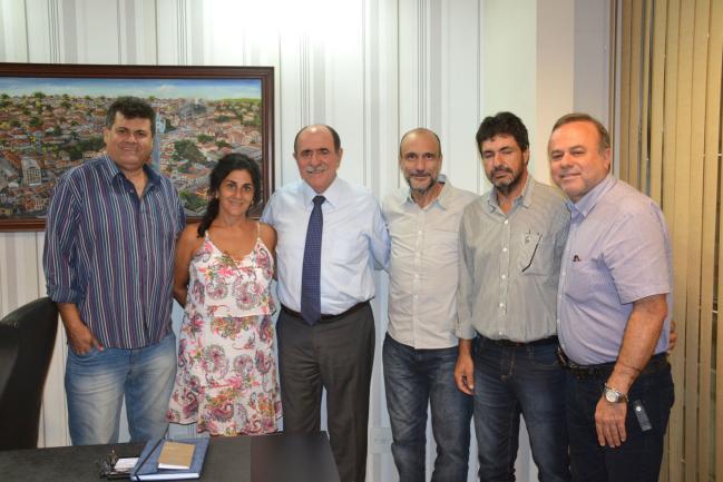 Trevisan, Cris Cury, Caramez, Celso, Spirito e Nais.