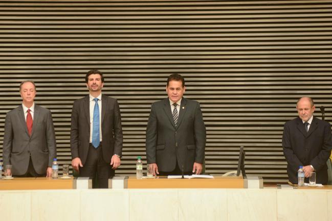 João Marcelo Fioresi Gonçalves, Rodrigo S. Pereira, Jorge Wilson Xerife do Consumidor e Osmário Clímaco de Vasconcelos.