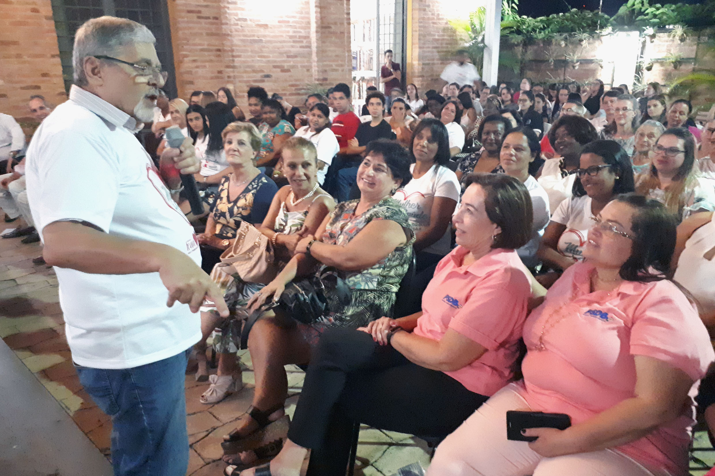Pedro Tobias realiza palestra<a style='float:right' href='https://www3.al.sp.gov.br/repositorio/noticia/N-03-2018/fg218589.jpg' target=_blank><img src='/_img/material-file-download-white.png' width='14px' alt='Clique para baixar a imagem'></a>