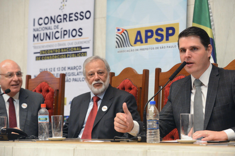 Arnaldo Jardim, Airton Sandoval e Cauê Macris