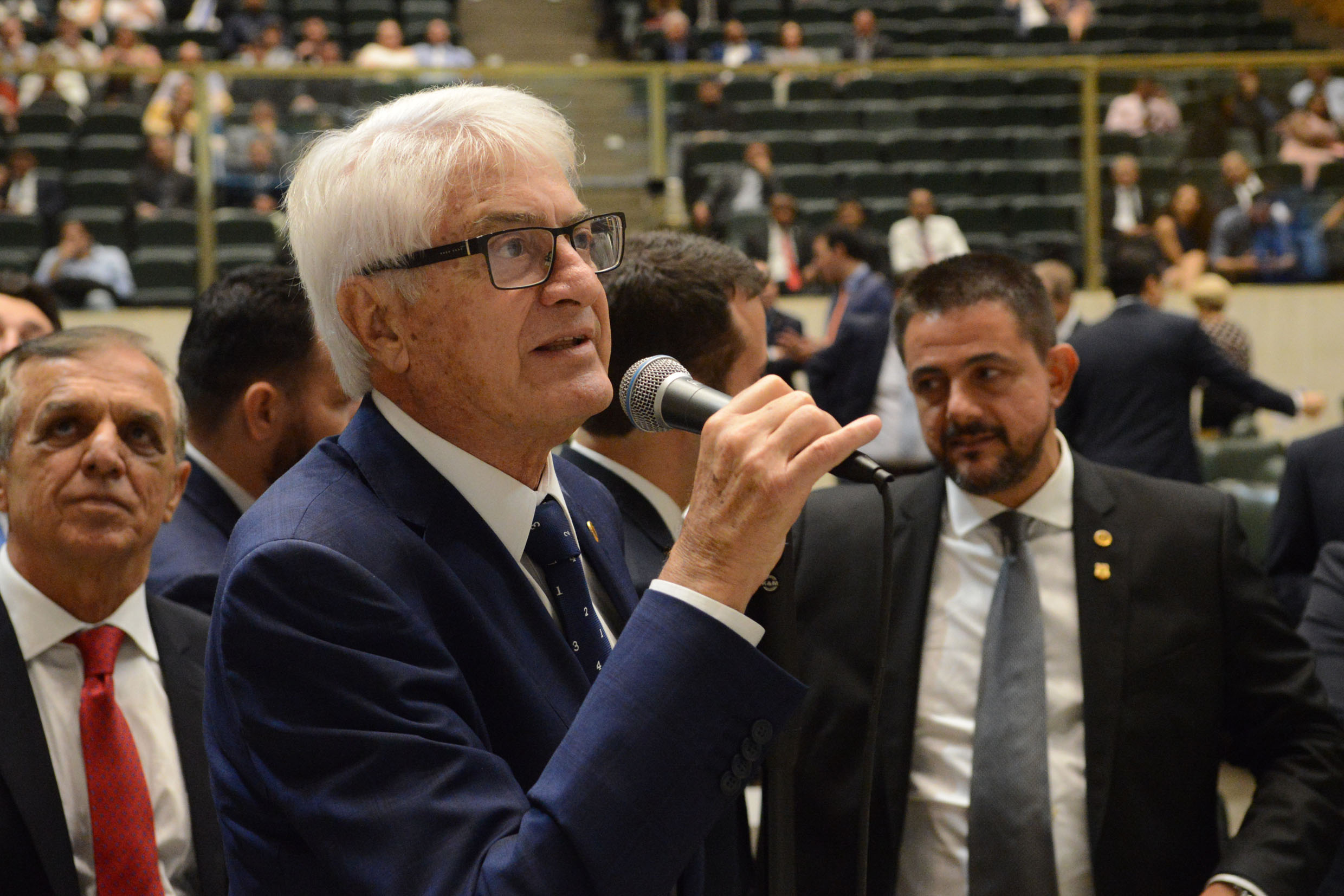 Roberto Engler <a style='float:right' href='https://www3.al.sp.gov.br/repositorio/noticia/N-03-2019/fg231592.jpg' target=_blank><img src='/_img/material-file-download-white.png' width='14px' alt='Clique para baixar a imagem'></a>