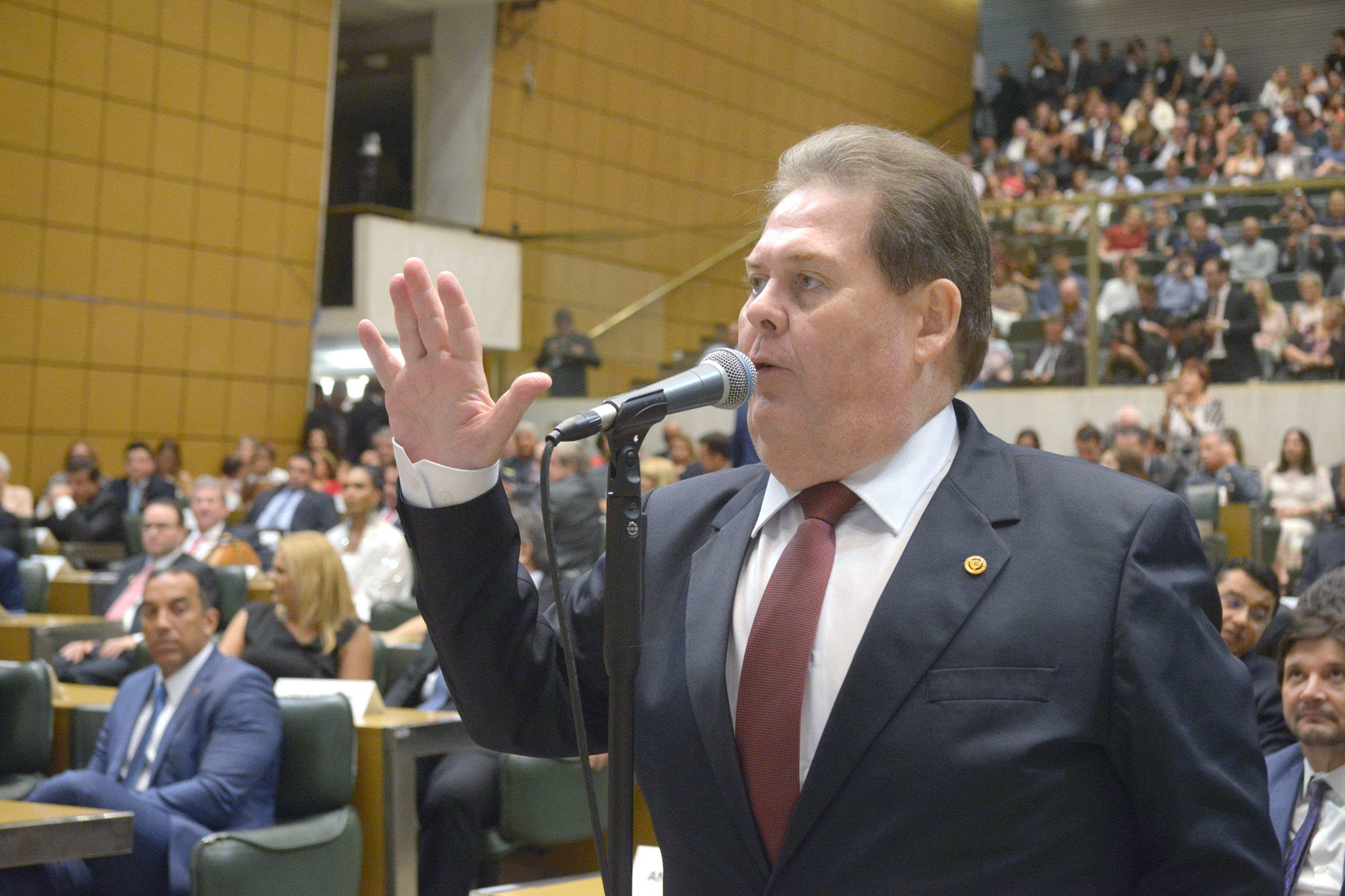 Roberto Morais (PPS)	<a style='float:right' href='https://www3.al.sp.gov.br/repositorio/noticia/N-03-2019/fg231792.jpg' target=_blank><img src='/_img/material-file-download-white.png' width='14px' alt='Clique para baixar a imagem'></a>
