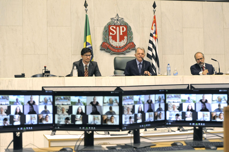Comissão de Constituição, Justiça e Redação<a style='float:right' href='https://www3.al.sp.gov.br/repositorio/noticia/N-03-2020/fg248111.jpg' target=_blank><img src='/_img/material-file-download-white.png' width='14px' alt='Clique para baixar a imagem'></a>
