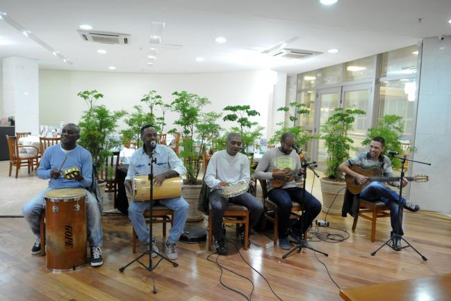 Waltinho e seus amigos tocaram na Quinta Musical