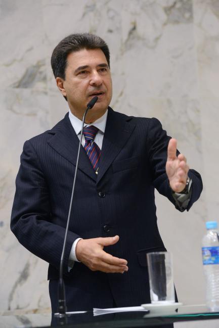 Maurício Freire