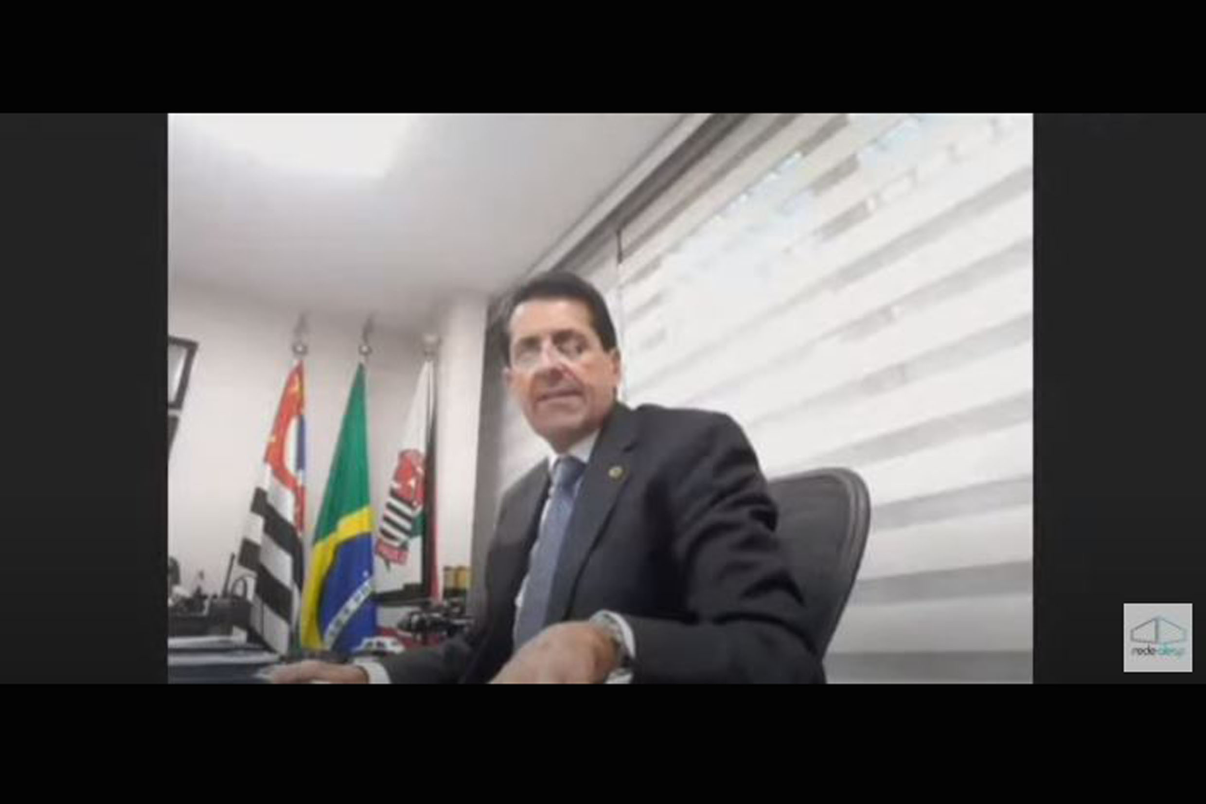 Delegado Olim preside a comissão em ambiente virtual<a style='float:right' href='https://www3.al.sp.gov.br/repositorio/noticia/N-04-2021/fg264297.jpg' target=_blank><img src='/_img/material-file-download-white.png' width='14px' alt='Clique para baixar a imagem'></a>