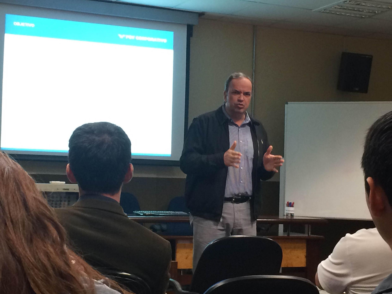 Marcelo Pinheiro, professor da FGV responsável pelo módulo Comportamento, Cultura e Clima Organizacional<a style='float:right' href='https://www3.al.sp.gov.br/repositorio/noticia/N-05-2015/fg170317.jpg' target=_blank><img src='/_img/material-file-download-white.png' width='14px' alt='Clique para baixar a imagem'></a>