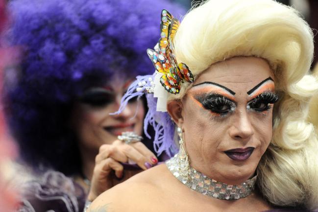 Ato solene para apoiar combate à LGBTfobia.