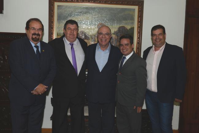 Demarchi, Jardim, Sposito, Neto e Anselmo.