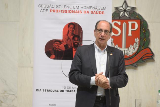 Ricardo Patá.
