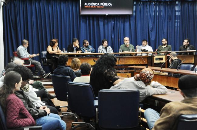 Audiência pública sobre mudanças na educação.