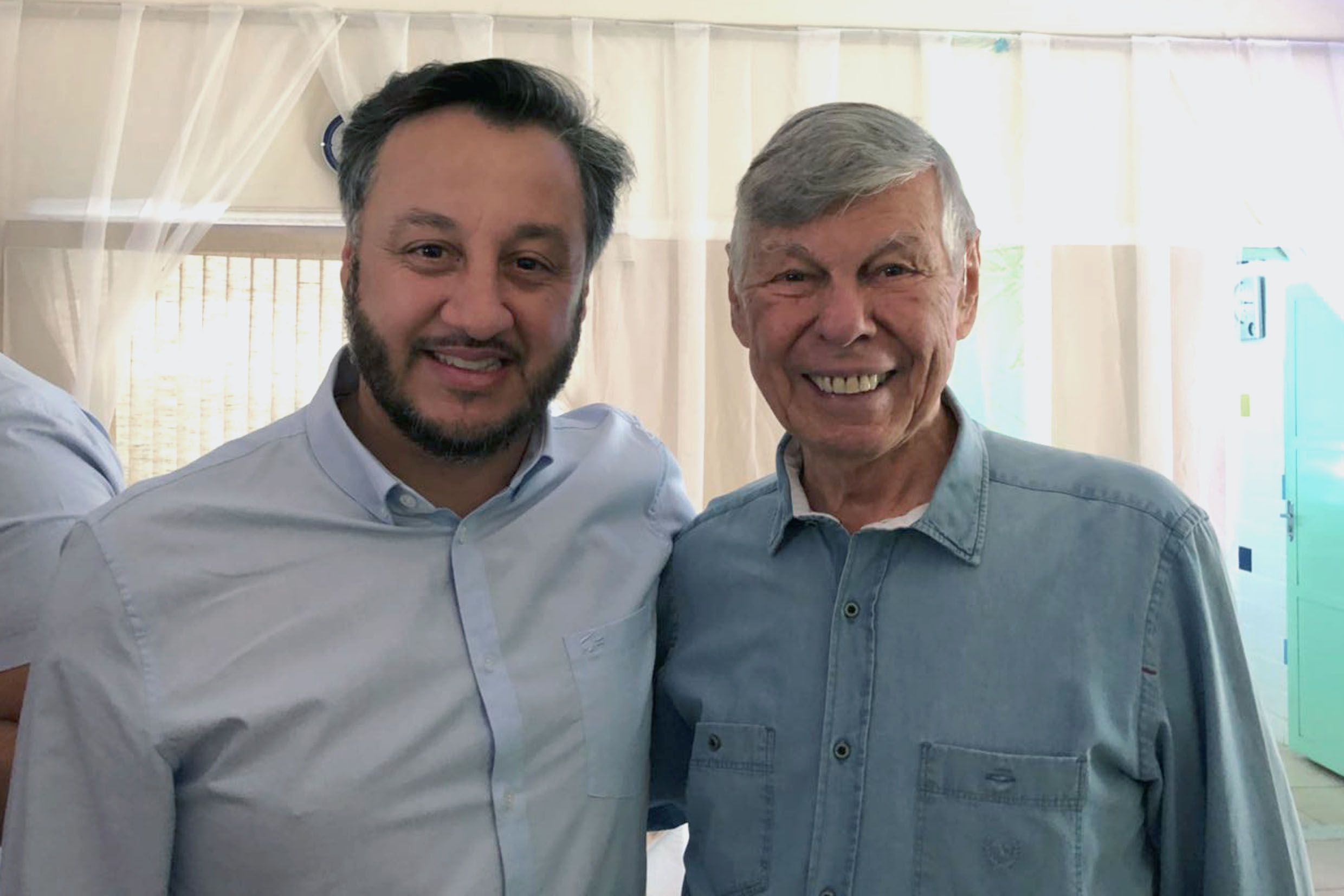 João Cury Neto e Welson Gasparini<a style='float:right' href='https://www3.al.sp.gov.br/repositorio/noticia/N-05-2018/fg223182.jpg' target=_blank><img src='/_img/material-file-download-white.png' width='14px' alt='Clique para baixar a imagem'></a>