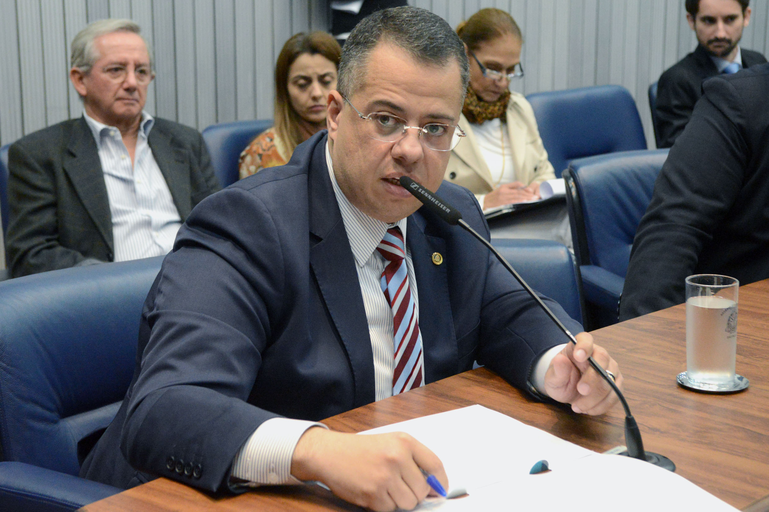 Wellington Moura<a style='float:right' href='https://www3.al.sp.gov.br/repositorio/noticia/N-05-2018/fg223917.jpg' target=_blank><img src='/_img/material-file-download-white.png' width='14px' alt='Clique para baixar a imagem'></a>