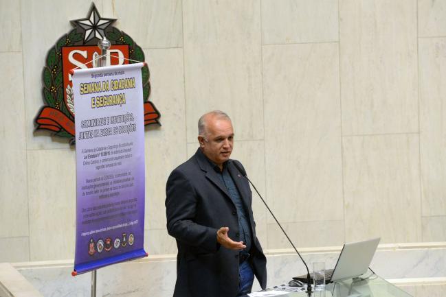 José Roberto Rodrigues Oliveira