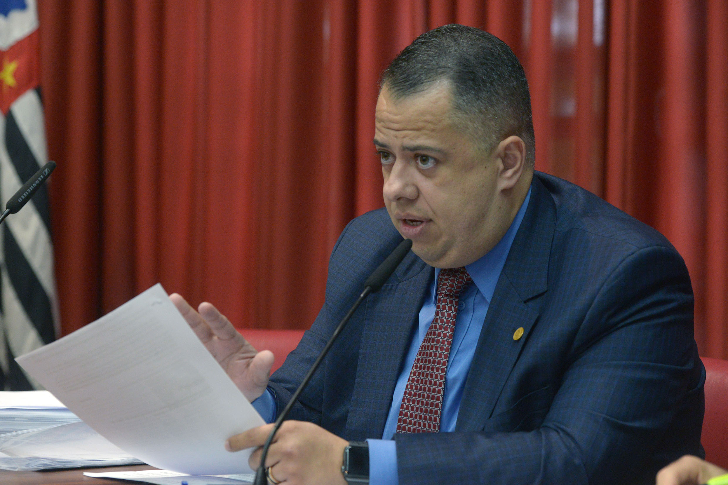 Wellington Moura preside a CPI<a style='float:right' href='https://www3.al.sp.gov.br/repositorio/noticia/N-05-2019/fg233744.jpg' target=_blank><img src='/_img/material-file-download-white.png' width='14px' alt='Clique para baixar a imagem'></a>