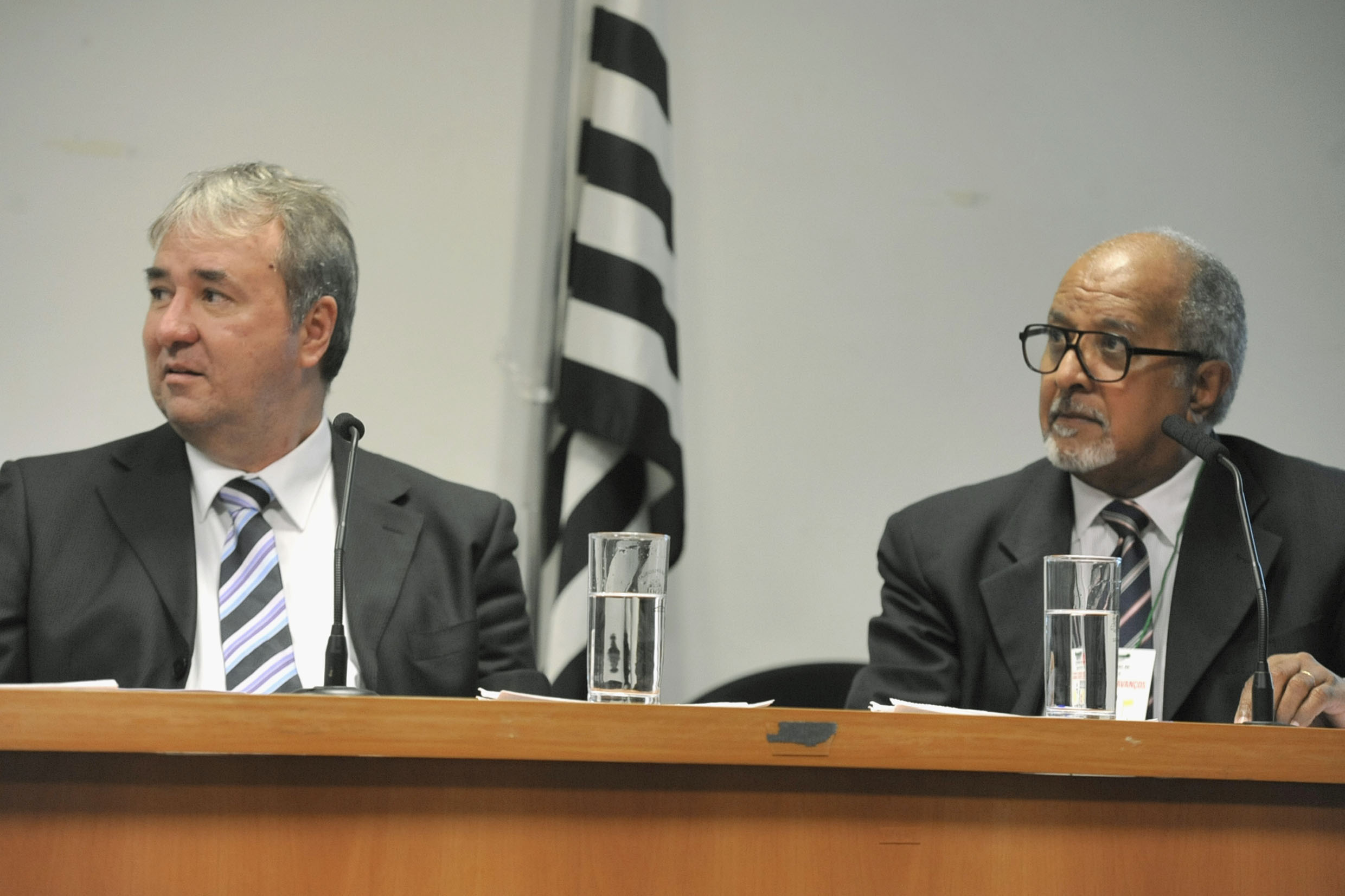 José Umberto Sverzut e Eusebio Leonel<a style='float:right' href='https://www3.al.sp.gov.br/repositorio/noticia/N-05-2019/fg235010.jpg' target=_blank><img src='/_img/material-file-download-white.png' width='14px' alt='Clique para baixar a imagem'></a>