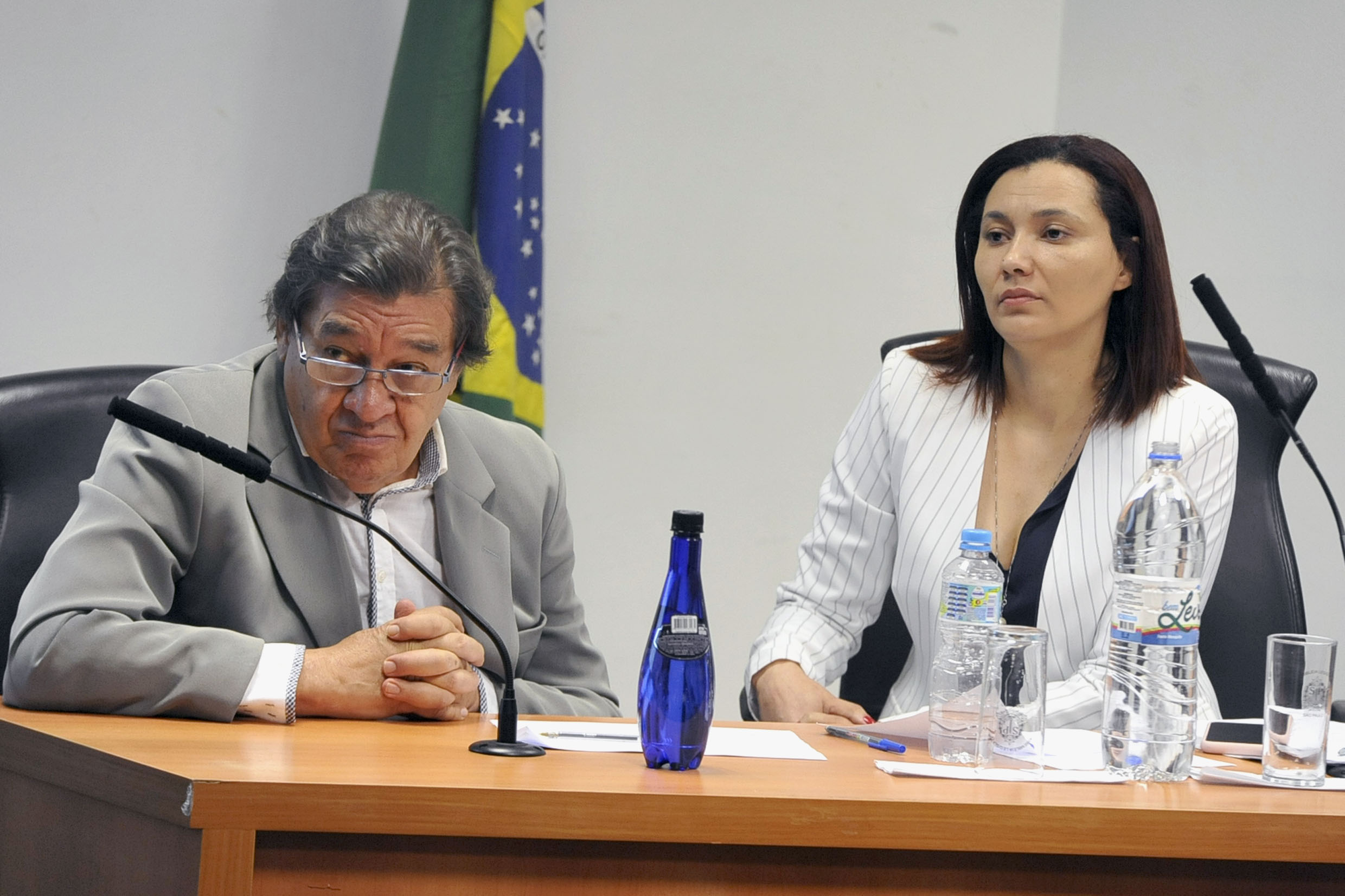 José Carlos Rocha e Marilene Araujo<a style='float:right' href='https://www3.al.sp.gov.br/repositorio/noticia/N-05-2019/fg235011.jpg' target=_blank><img src='/_img/material-file-download-white.png' width='14px' alt='Clique para baixar a imagem'></a>