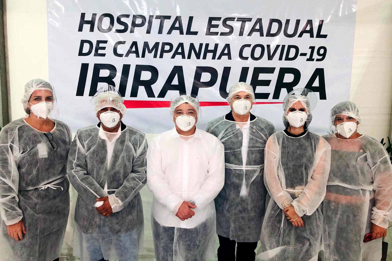 PDO em visita ao hospital<a style='float:right' href='https://www3.al.sp.gov.br/repositorio/noticia/N-05-2020/fg248903.jpg' target=_blank><img src='/_img/material-file-download-white.png' width='14px' alt='Clique para baixar a imagem'></a>