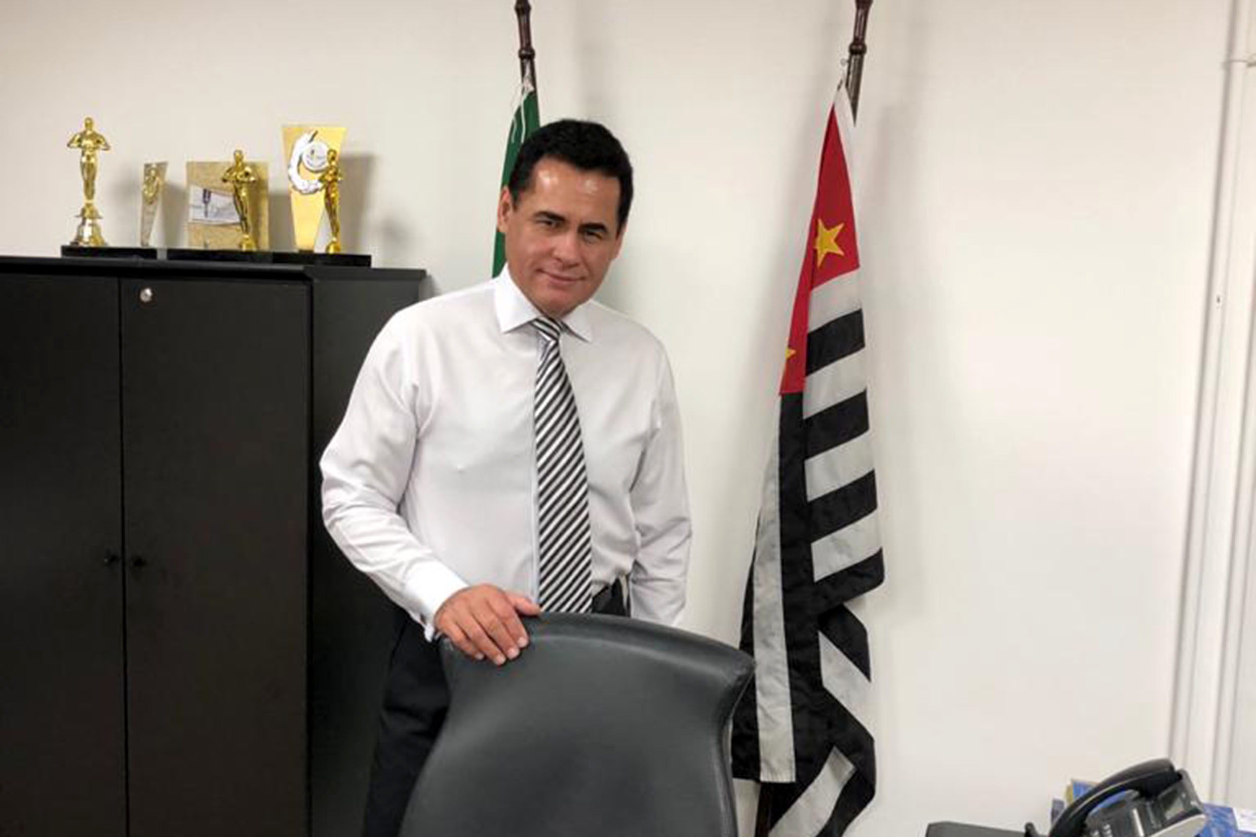 Jorge Wilson Xerife do Consumidor<a style='float:right' href='https://www3.al.sp.gov.br/repositorio/noticia/N-05-2020/fg249127.jpg' target=_blank><img src='/_img/material-file-download-white.png' width='14px' alt='Clique para baixar a imagem'></a>