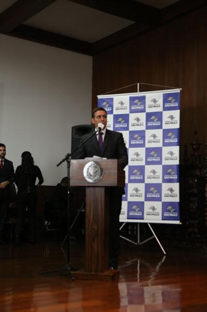 Presidente Fernando Capez discursa na cerimônia<a style='float:right' href='https://www3.al.sp.gov.br/repositorio/noticia/N-06-2016/fg190378.jpg' target=_blank><img src='/_img/material-file-download-white.png' width='14px' alt='Clique para baixar a imagem'></a>