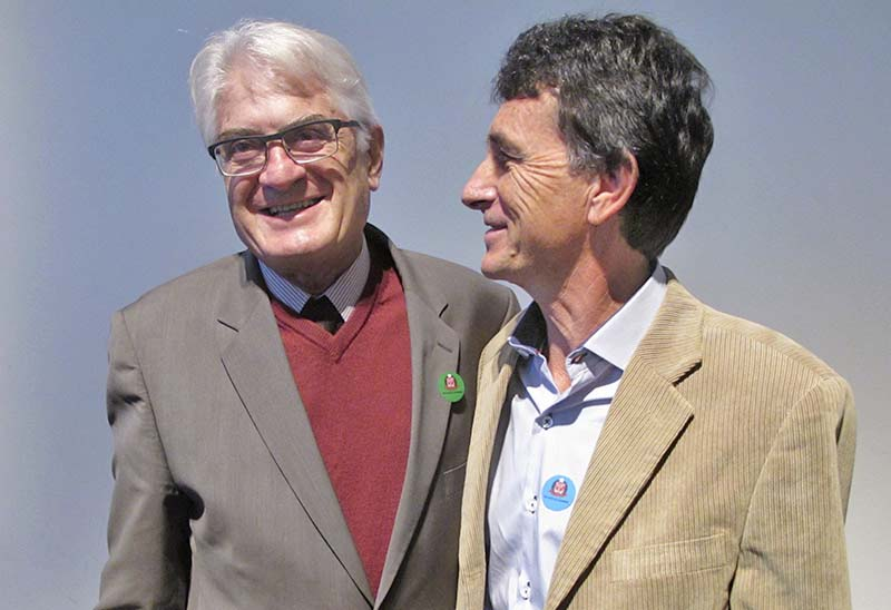Roberto Engler e Laércio Scaramal<a style='float:right' href='https://www3.al.sp.gov.br/repositorio/noticia/N-06-2016/fg190827.jpg' target=_blank><img src='/_img/material-file-download-white.png' width='14px' alt='Clique para baixar a imagem'></a>