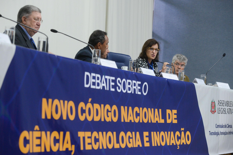 Novo código Nacional de Ciência, Tecnologia e Inovação em debate na Assembleia <a style='float:right' href='https://www3.al.sp.gov.br/repositorio/noticia/N-06-2016/fg190867.jpg' target=_blank><img src='/_img/material-file-download-white.png' width='14px' alt='Clique para baixar a imagem'></a>