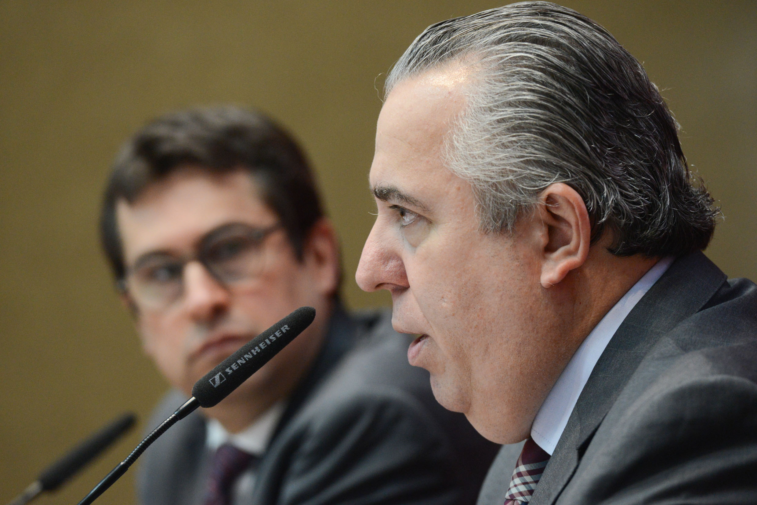 Adilson Rossi <a style='float:right' href='https://www3.al.sp.gov.br/repositorio/noticia/N-06-2016/fg191808.jpg' target=_blank><img src='/_img/material-file-download-white.png' width='14px' alt='Clique para baixar a imagem'></a>