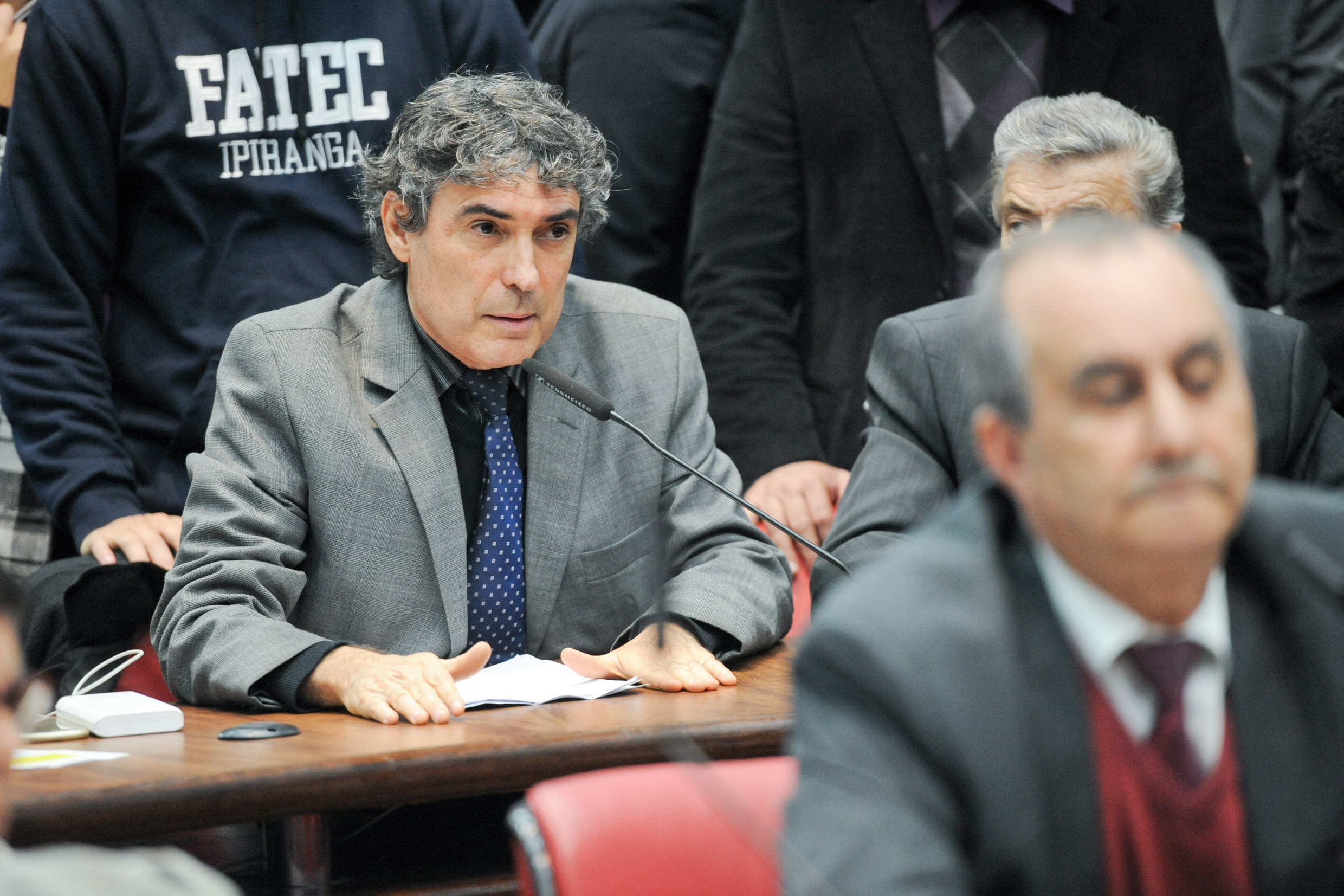 Carlos Giannazi<a style='float:right' href='https://www3.al.sp.gov.br/repositorio/noticia/N-06-2016/fg191888.jpg' target=_blank><img src='/_img/material-file-download-white.png' width='14px' alt='Clique para baixar a imagem'></a>
