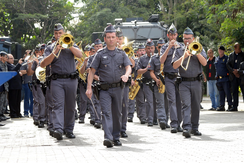 Policiais do 3º Batalhão de Choque Humaitá<a style='float:right' href='https://www3.al.sp.gov.br/repositorio/noticia/N-06-2016/fg192343.jpg' target=_blank><img src='/_img/material-file-download-white.png' width='14px' alt='Clique para baixar a imagem'></a>