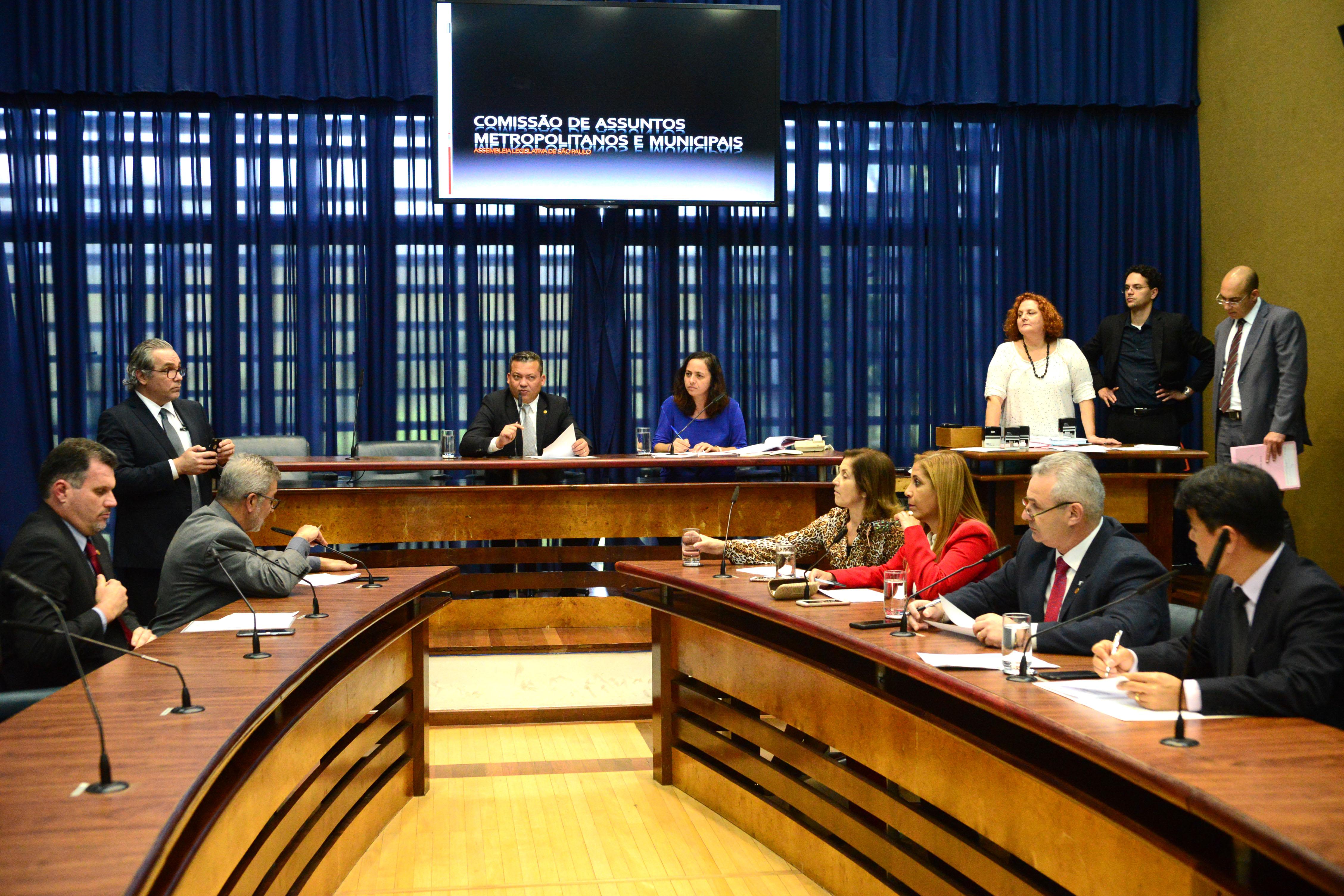 Paulo Correa Jr preside a Comissão de Assuntos Metropolitanos e Municipais<a style='float:right' href='https://www3.al.sp.gov.br/repositorio/noticia/N-06-2017/fg204505.jpg' target=_blank><img src='/_img/material-file-download-white.png' width='14px' alt='Clique para baixar a imagem'></a>