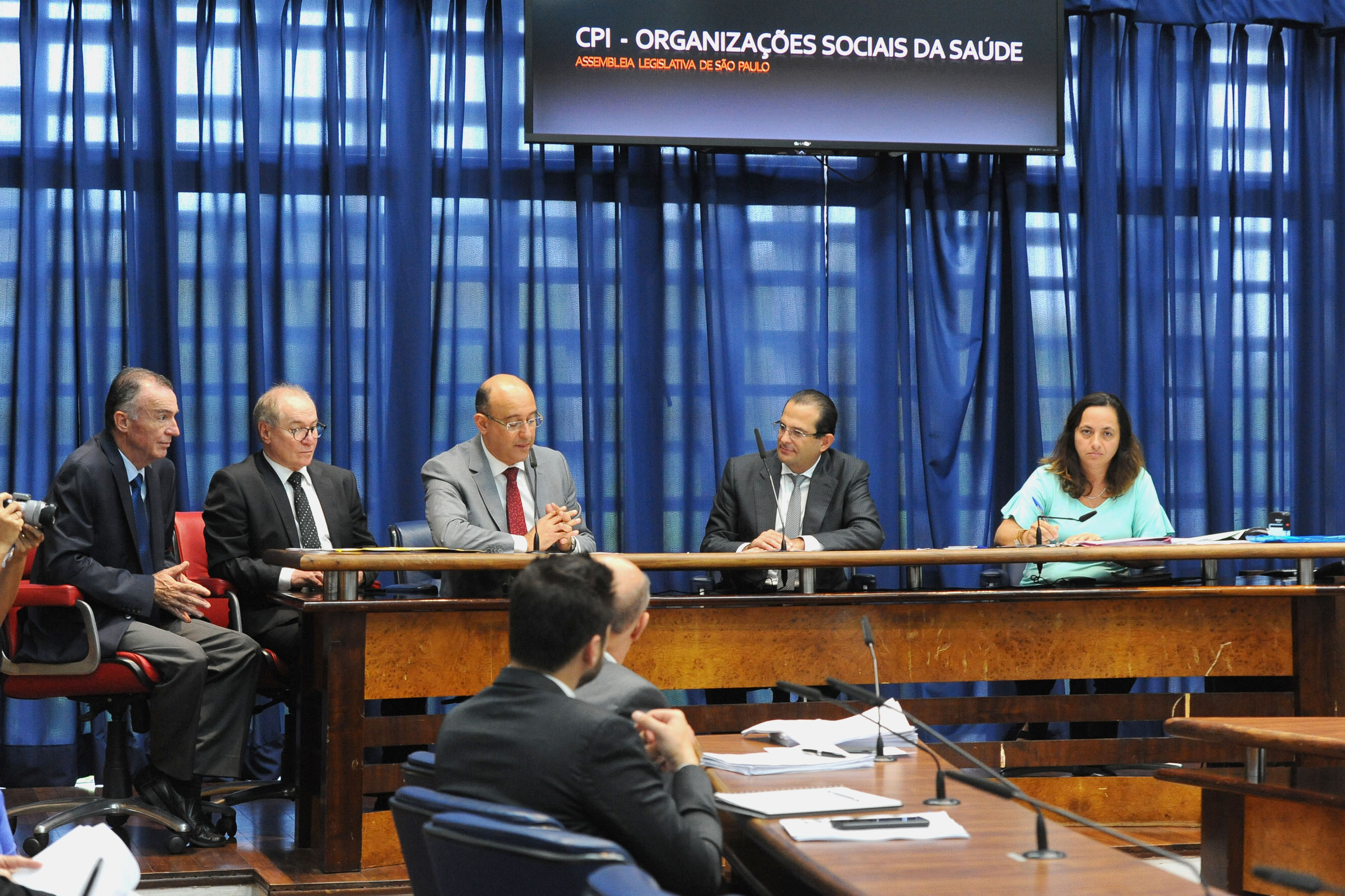Edmir Chedid preside a CPI<a style='float:right' href='https://www3.al.sp.gov.br/repositorio/noticia/N-06-2018/fg224628.jpg' target=_blank><img src='/_img/material-file-download-white.png' width='14px' alt='Clique para baixar a imagem'></a>