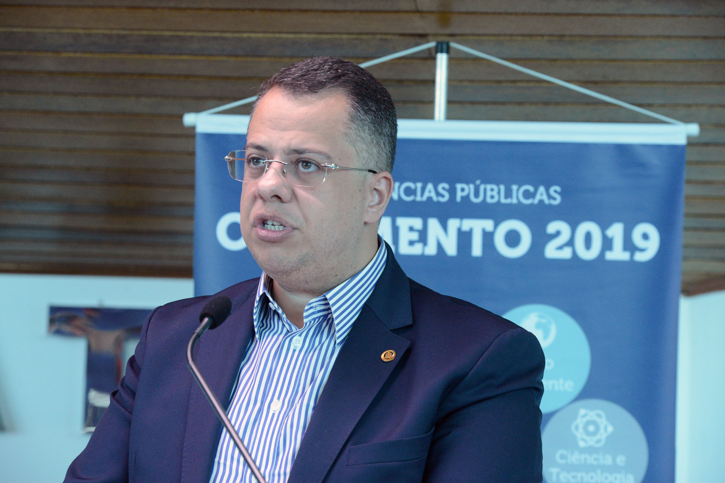 Wellington Moura<a style='float:right' href='https://www3.al.sp.gov.br/repositorio/noticia/N-06-2018/fg224955.jpg' target=_blank><img src='/_img/material-file-download-white.png' width='14px' alt='Clique para baixar a imagem'></a>