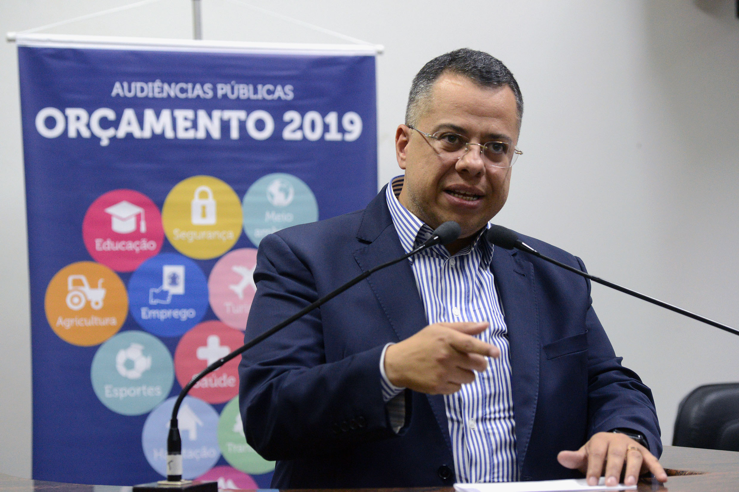 Wellington Moura<a style='float:right' href='https://www3.al.sp.gov.br/repositorio/noticia/N-06-2018/fg224985.jpg' target=_blank><img src='/_img/material-file-download-white.png' width='14px' alt='Clique para baixar a imagem'></a>