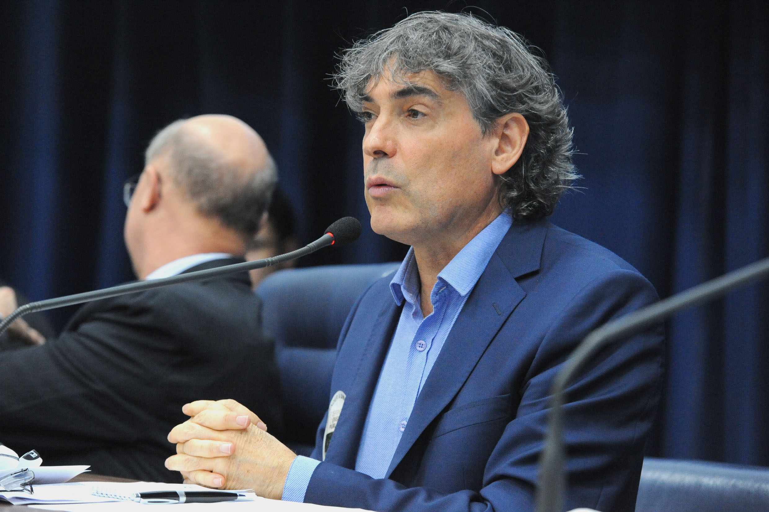 Carlos Giannazi<a style='float:right' href='https://www3.al.sp.gov.br/repositorio/noticia/N-06-2018/fg225251.jpg' target=_blank><img src='/_img/material-file-download-white.png' width='14px' alt='Clique para baixar a imagem'></a>