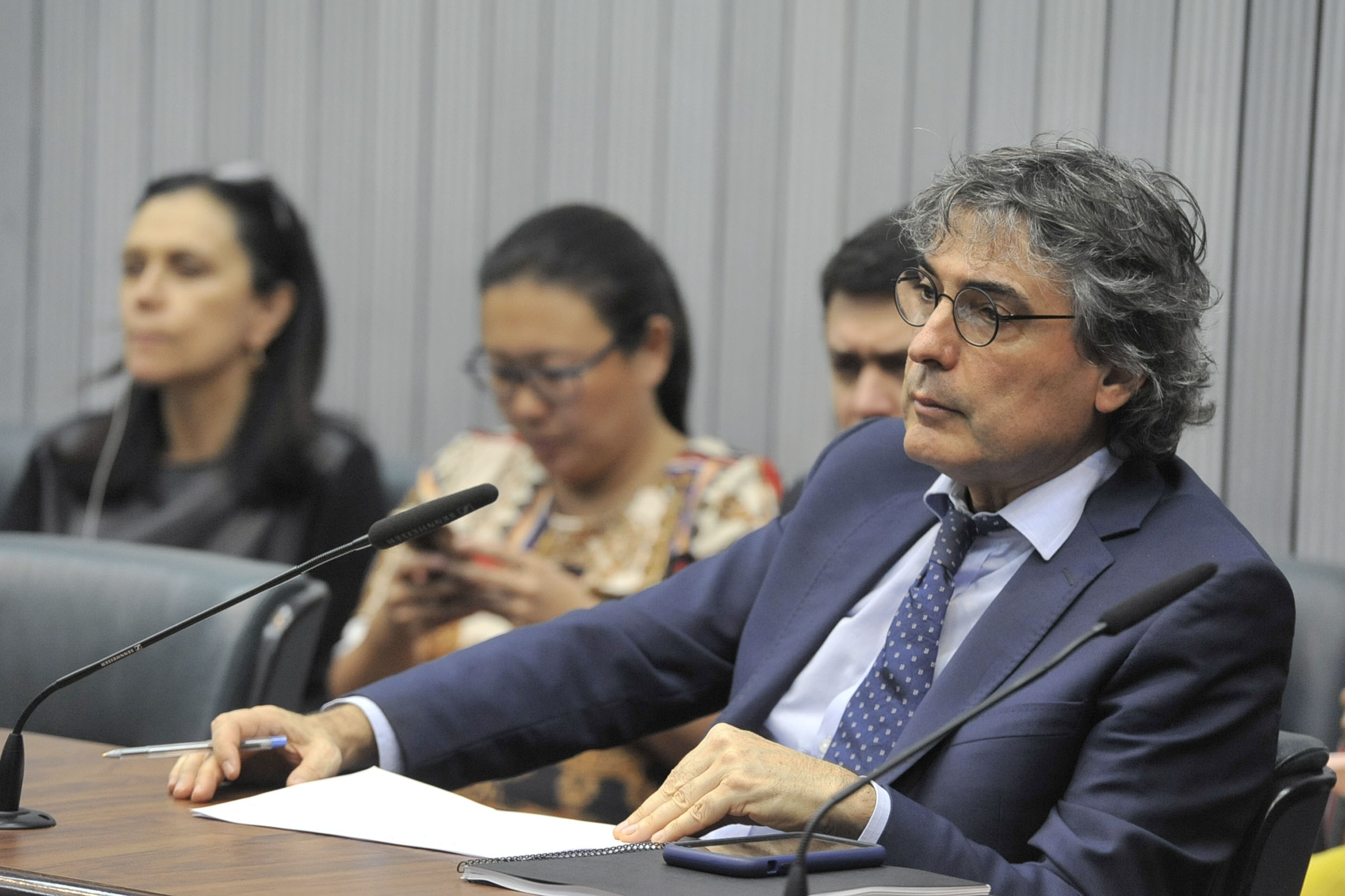 Carlos Giannazi<a style='float:right' href='https://www3.al.sp.gov.br/repositorio/noticia/N-06-2019/fg235664.jpg' target=_blank><img src='/_img/material-file-download-white.png' width='14px' alt='Clique para baixar a imagem'></a>