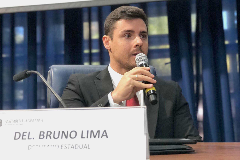 Delegado Bruno Lima<a style='float:right' href='https://www3.al.sp.gov.br/repositorio/noticia/N-06-2019/fg235960.jpg' target=_blank><img src='/_img/material-file-download-white.png' width='14px' alt='Clique para baixar a imagem'></a>
